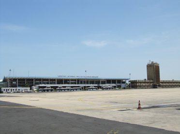1200px-Aeroport_LSS_Dakar